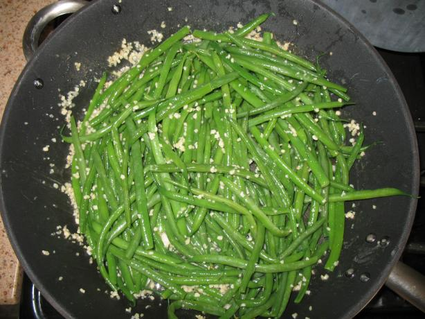 Garlic String / Green Beans