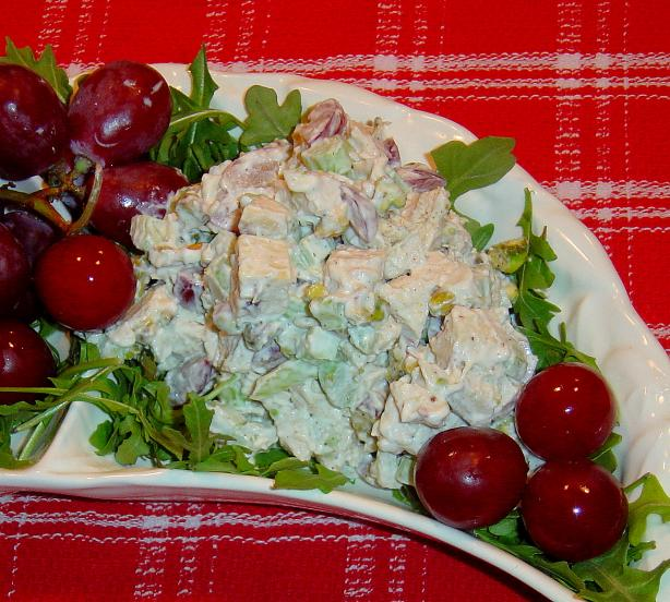 Chicken Salad With Pistachios and Grapes