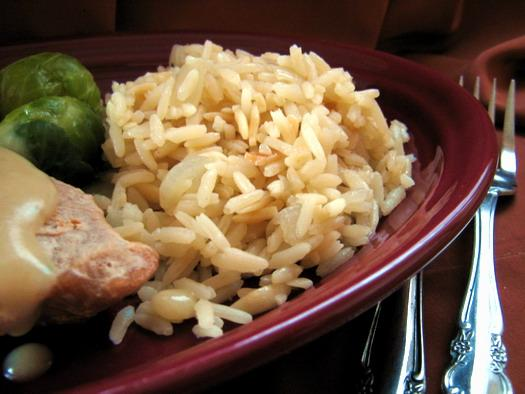 Rice Pilaf With Garlic and Onions