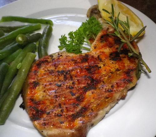Grilled Chicken Legs with Lemon and Pepper