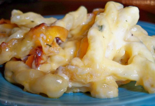 Macaroni & Cheese - Easy and Cheesy