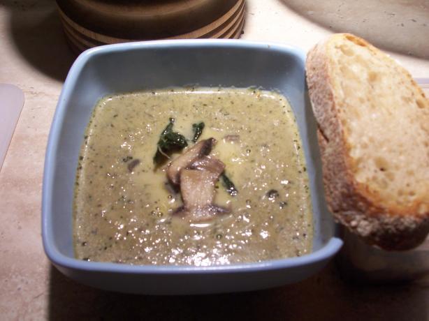 Creamy Mushroom & Thyme Soup