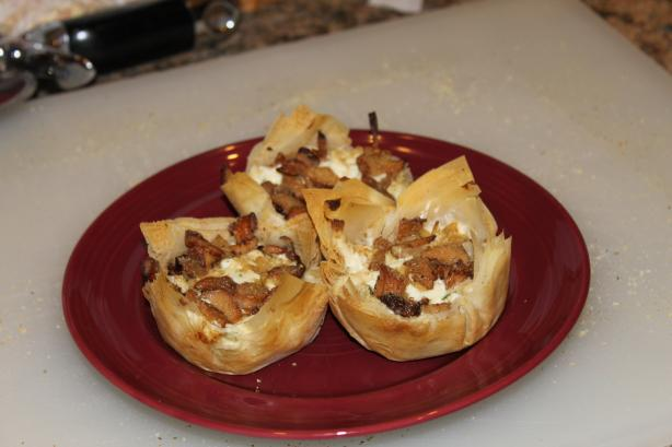 Chicken & Chanterelle Phyllo Cups