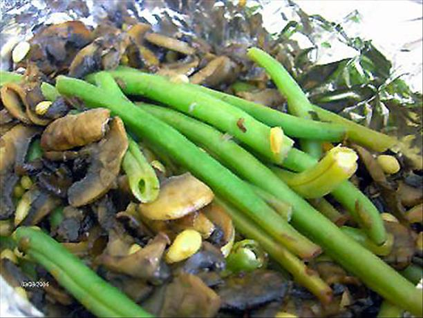 Baked Green Beans With Mushrooms & Pine Nuts