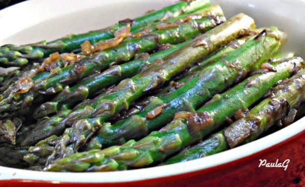 Asparagus With Caramelized Onions
