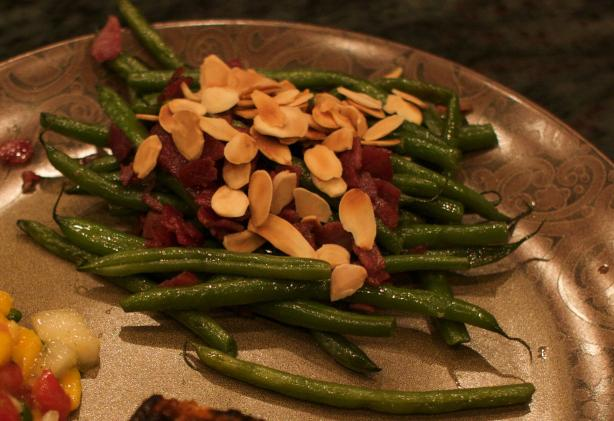 Green Beans With Pancetta & Toasted Almonds