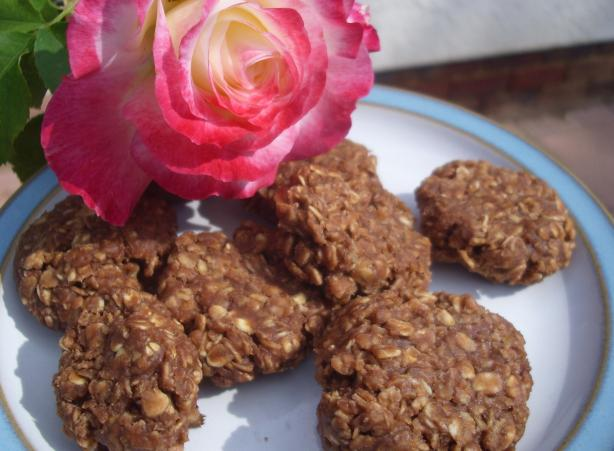 Healthier No-Bake Chocolate Oatmeal Cookies