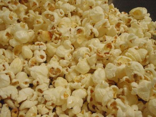 Kettle Corn in a Whirley Pop
