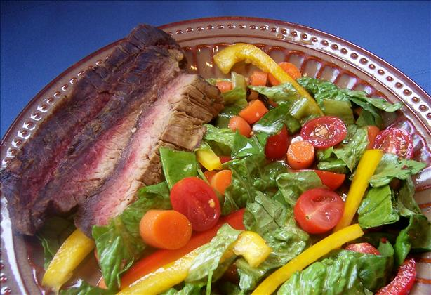 Low-Cal Asian Steak Salad
