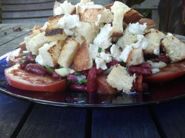 Tomato, Blue Cheese, and Kidney Bean Salad