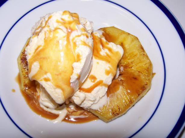 Caramel Grilled Pineapple Sundaes
