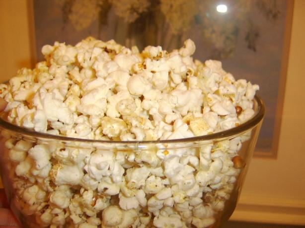 Black Pepper and Parm Cheesy Popcorn