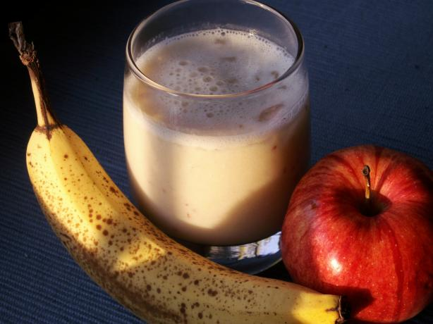 Pineapple, Apple & Banana Smoothie