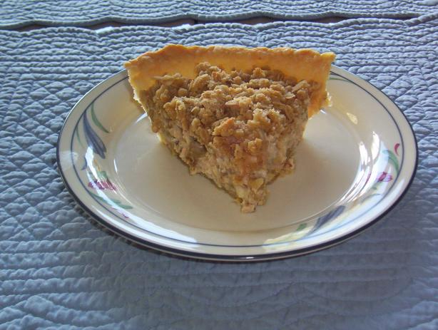 Low-Fat Sour Cream Rhubarb Pie