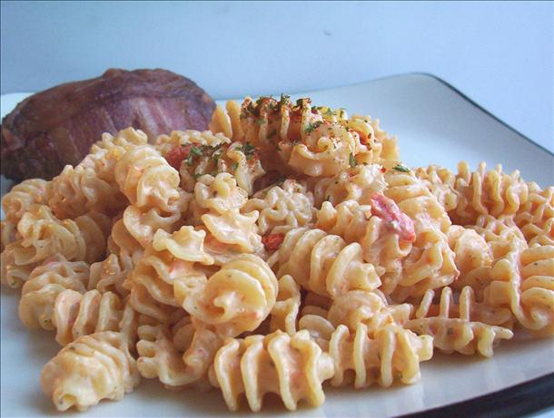 Pasta with Creamy Red Roasted Pepper Sauce