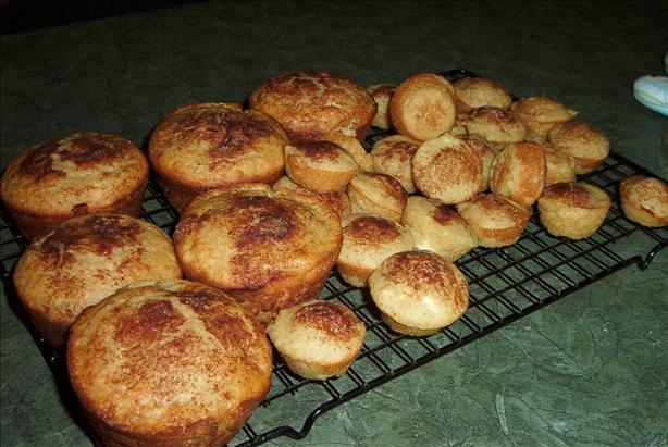 Cinnamon-Apple Muffins