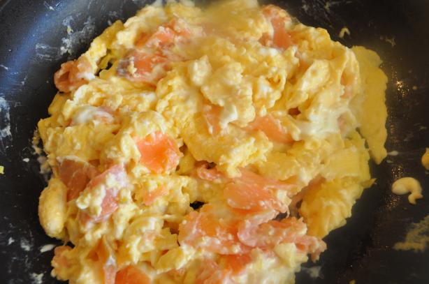 Scrambled Eggs With Lox and Cream Cheese