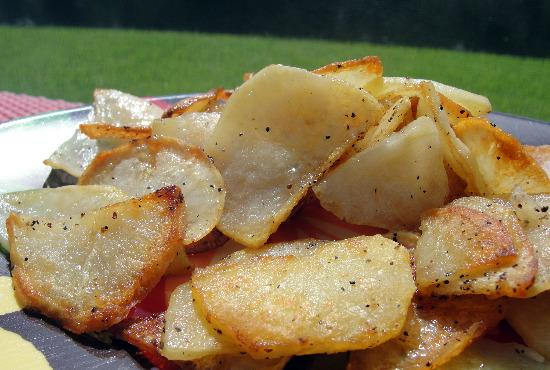 Portuguese Fried Potatoes / Batas a Portuguesa