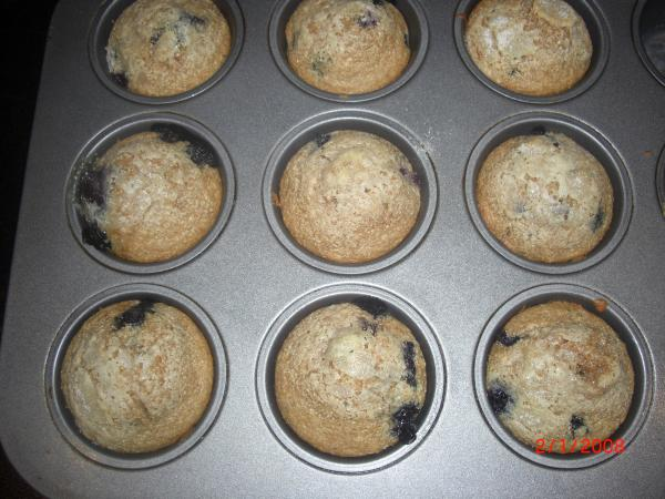 Cinnamon Blueberry Farina Muffins