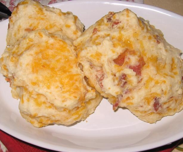 Bacon, Green Onion, and Cheddar Biscuits (Emeril Lagasse)