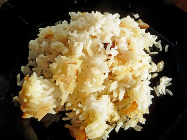 Rice With Onion (Mashkoul)