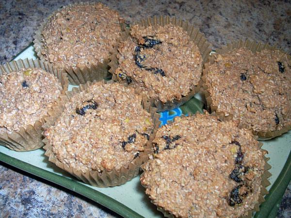 Super-Low-Fat, Lower Carb, Vegan Apple-Raisin Wheat Bran Muffins