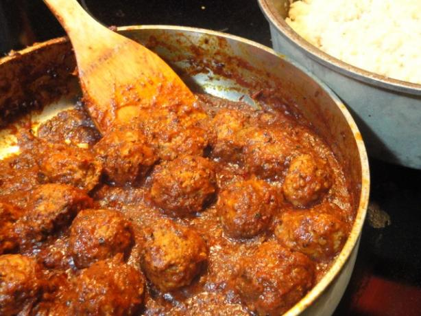 Meatballs in Chipotle Sauce(Albondigas Enchipotladas)
