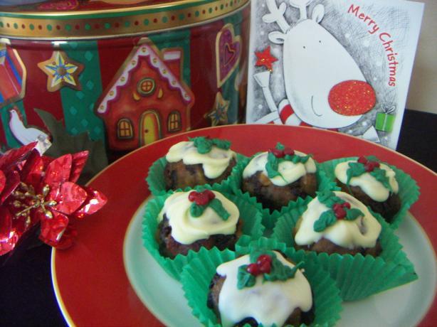 Mini Christmas Pudding Treats