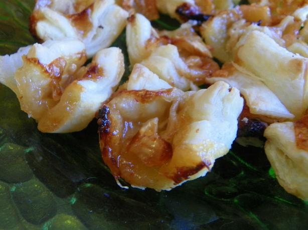 Peach Hot Pepper & Brie in Puff Pastry Cups