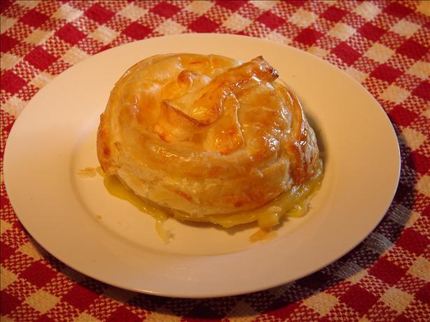 Brie or Camembert in Puff Pastry