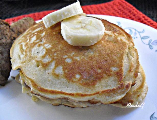 Easy Fluffy Gluten Free Banana Pancakes