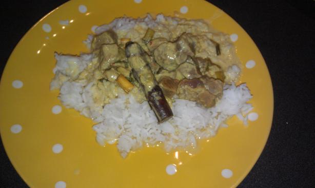 Indonesian Beef Rendang (Rendang Sapi)