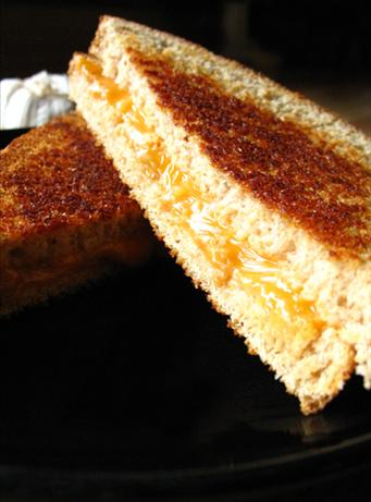 Roasted Garlic Grilled Cheese Sandwich