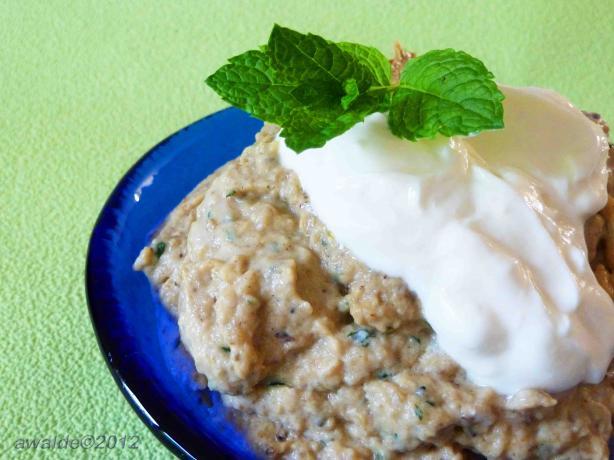 Boranie Bademjan (Persian Eggplant Yogurt Dip)