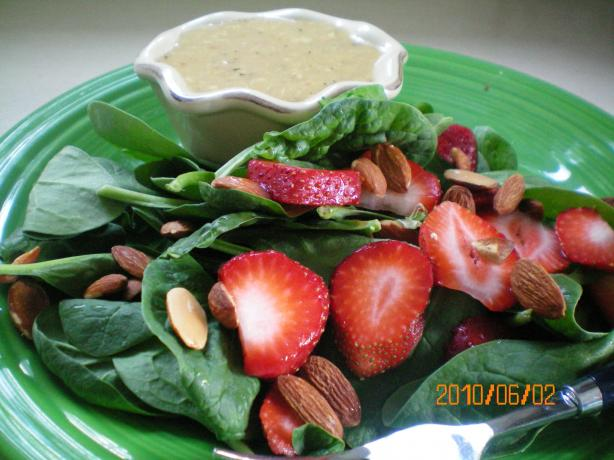 Strawberry Spinach Chicken Salad