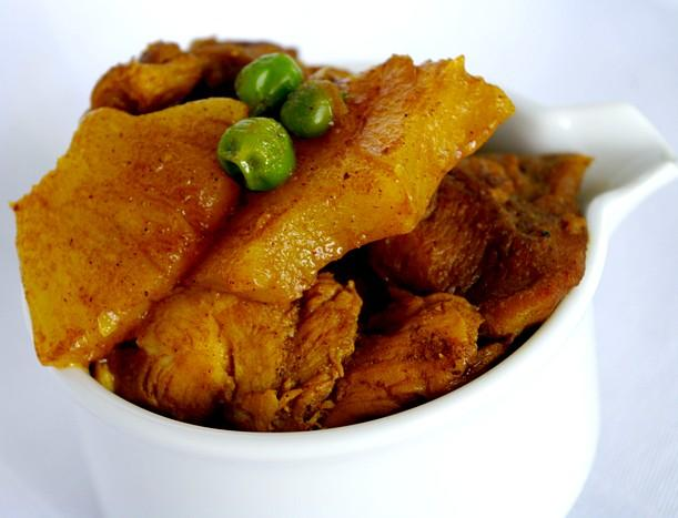 Garam Masala Curried Chicken With Pineapple and Peas