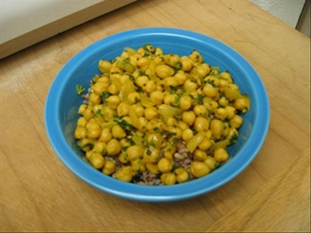 Curried Chickpeas With Cilantro