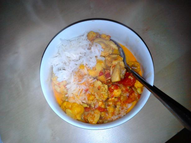 Cauliflower Curry With Chicken