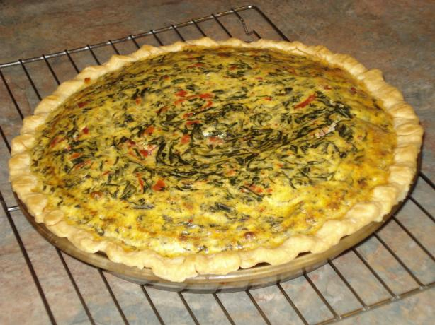 Fluffy Spinach, Onion and Roasted Red Pepper Quiche With Gruyere