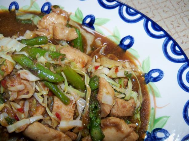 Chili Chicken Stir-fry With Asparagus and Bok Choy
