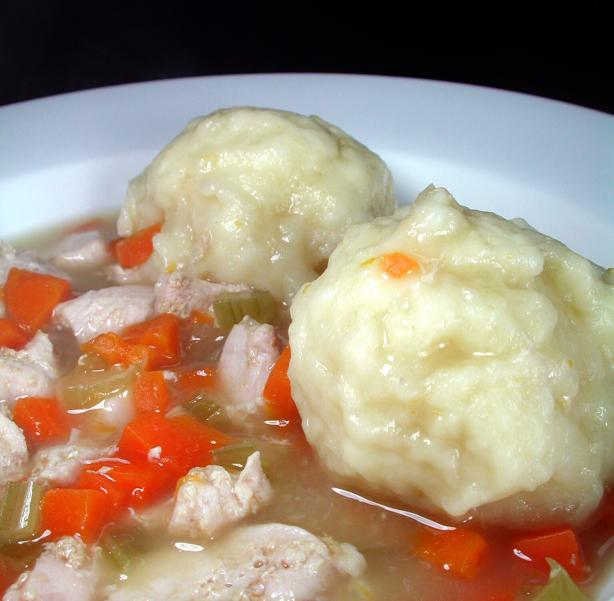 Fluffy Dumpling Chicken Soup