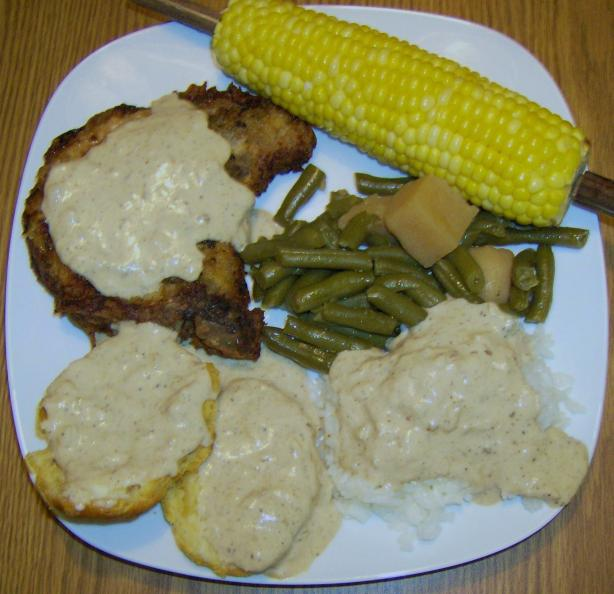 Southern Fried Pork Chops With Creamy Pan Gravy
