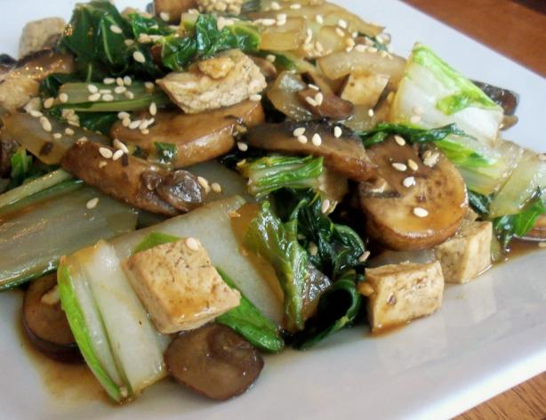 Stir-Fried Shitake Mushrooms With Tofu and Bok Choy