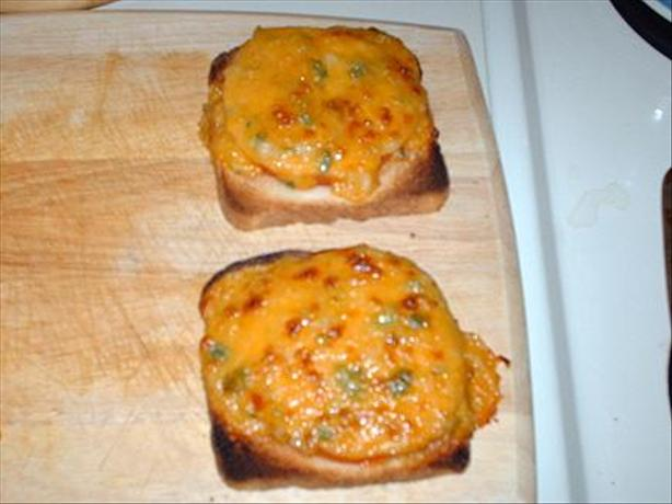 Broiled Cheddar Tomato Sandwiches