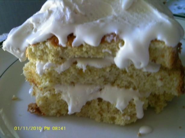 Banana Cream Chiffon Cake With Whipped Cream Filling