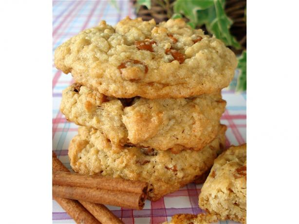 Oatmeal Cinnamon Chips Cookies