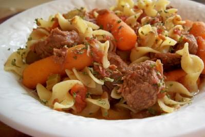 Slow Cooker Beef Noodle Stew