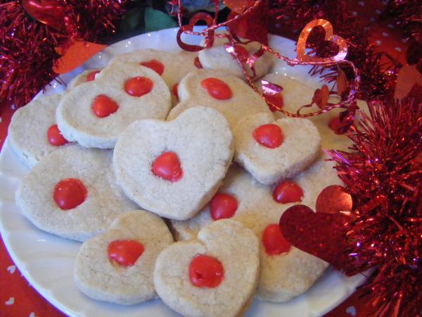 Valentine Cinnamon Shortbread Cookies
