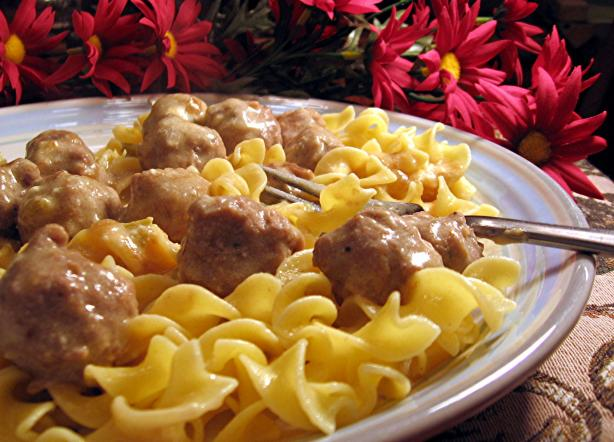 Easy and Yummy Meatballs over Buttered Noodles