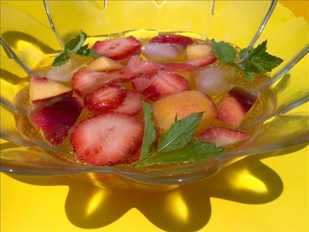 Peach & Strawberry Punch/nectarine Sunrise/fruity Lemonade